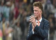 رسمياً.. مانشستر يونايتد يعلن رحيل لويس فان جال