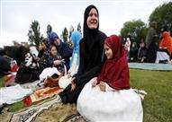 مساجد بريطانيا تحذر المسلمات من ثلاث!!!