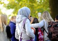 استطلاع: 51% من الألمان مع حظر الحجاب في المدارس