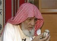بالصور: مسن كتب القرآن كاملا عل قشور البيض
