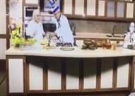 موقف محرج لشيف بعد انكسار أحد الأطباق فوق رأسه