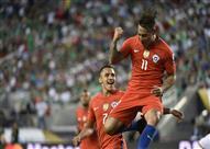 """بالفيديو- """"فارجاس"""" يقود تشيلي لفوز مهين على المكسيك بكوبا أمريكا"""