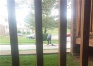 لحظة مقتل أمريكي أثناء قيامه ببث مباشر على فيسبوك - فيديو