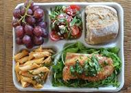 بالصور.. تعرف على وجبات المدارس حول العالم.. مصر ستصدمك