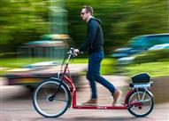 بالفيديو - اول دراجة للمشي في العالم