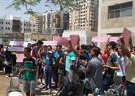 تظاهر طلاب الثانوية العامة أمام مديرية التعليم بأسيوط