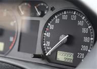 خبراء السيارات المستعملة يكشفون كيفية معرفة التلاعب في عداد المسافة