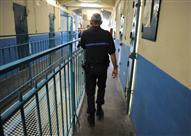 كلاكيت ثالث مرة.. سجين فرنسي يحتجز أخصائيا نفسيا كرهينة