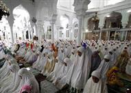 بالصور.. صلاة التراويح حول العالم في أولى ليالي رمضان