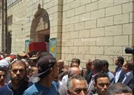 """بالصور ــ محافظ بني سويف يتقدم مشيعي جنازة شهيد الجيش بـ"""" الفرافرة"""""""