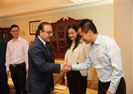 """وزير الاتصالات يبحث مع رئيس """"OPPO"""" إنشاء مصنع في مصر"""