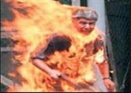 سائق يشعل النيران في نفسه بعد خلاف مع شرطي مرور في تركيا