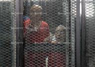 """تأجيل محاكمة بديع و12آخرين في """"أحداث مكتب الإرشاد"""" لـ 3 مايو"""