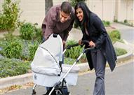 لهذا السبب لا يجب أن تغطي طفلك وهو في عربته