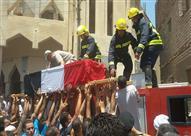 الألاف يشيعون جنازة شهيد القوات المسلحة بمسقط رأسه ببني سويف