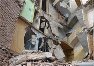إخلاء عقار في الإسكندرية بعد انهيار أجزاء منه