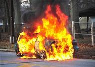 احذر.. سيارتك قد تحترق فجأة وأنت بداخلها - فيديو