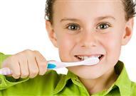 متى يجب على الأطفال أن ينظفوا أسنانهم؟