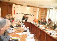 غادة والي تترأس اجتماعًا للجهات المعنية بتطوير الخدمات لساكني حي الأسمرات