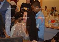 محمد رمضان وصافيناز يخطفان الأنظار في حفل زفاف
