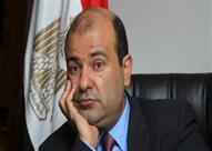 """خالد حنفي.. رحلة وزير بدأت من """"طابور العيش"""" وانتهت في """"سميراميس"""""""