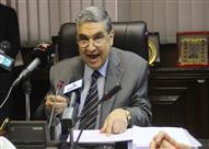 """مصدر بـ""""الكهرباء"""": الوزير يبحث معدلات تحصيل الفواتير الشهرية مع رؤساء"""