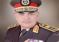 وزير الدفاع: الشعب يدرك قيمة المشروعات القومية.. ونخوض حربًا لاقتلاع