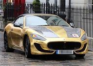 ملياردير يتعلم القيادة على سيارة مطلية بالذهب والشرطة تعاقبه - صور