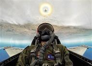 بالفيديو.. طائرة F-16 المقاتلة تنقذ قائدها من الموت بعدما فقد وعيه