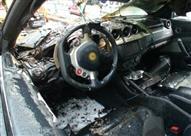 بالفيديو - كارثة في حالة ترك شاحن المحمول بمخرج ولاعة السيارة