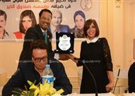 """بالصور - تكريم منى زكي ونجوم """"أفراح القبة"""" بالإسكندرية"""