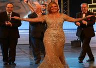 يسرا: تكريمي في مهرجان الإسكندرية السينمائي تاج علي رأسي
