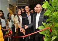 25 صورة لمحمد رمضان مع أسرته في افتتاح مشروع شقيقته
