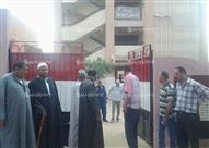 بالصور..أهالي بكفرالشيخ يهددون بغلق مدرسة.. ومسؤول بالتعليم يرد