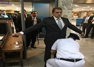 وزير المالية يتفقد الدائرة الجمركية لمطار القاهرة الدولي