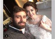 من صاحب الصورة التي أثارت جدلاً في حفل زفاف كندة علوش؟