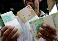 الجنيه السوداني يسجل مستوى أعلى من نظيره المصري أمام الدولار