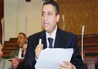 """نائب يشتكي تجاهل الحكومة لمطالب النواب.. وعبدالعال: """"أخبار سارة خلال أيام"""""""