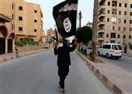 """التايمز: تنظيم """"الدولة"""" يمنح عائلة أحد منفذي هجمات باريس 5 آلاف دولار وقطيعا من الغنم"""