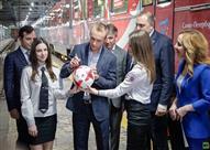 انطلاق قطار مترو كأس العالم للقارات 2017 بموسكو - فيديو
