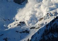 العثور على 6 ناجين من حادث الانهيار الجليدي الذي اجتاح فندقا في إيطاليا
