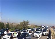 مسيرة بالسيارات إلى مقر الكنيست بالقدس تطالب بتسليم جثمان شهيد