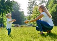 هل يحتاج أطفالك لارتداء أحذية عند بداية المشي؟
