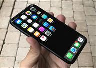 """تقارير:""""آيفون 8"""" يأتي بشاشة منحنية متعددة اللمس.. ويتصمن شعار سامسونج"""