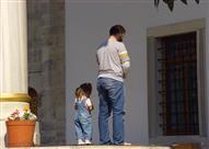بالفيديو: نصائح غالية.. كيف تعود ابنك على الصلاة ؟