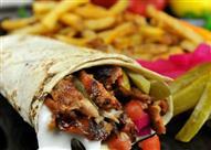 """للأكيلة """"مش أى لحمة متقطعة تبقى شاورما"""" تعرف على أفضل مطاعمها"""