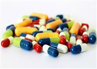 لماذا كبسولة الدواء ذات لونين مختلفين؟