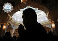 كيف يصلى من جاء متأخرا وراء الإمام فى صلاة الجماعة؟