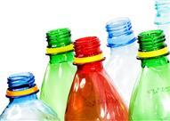 بالفيديو.. لن ترمي زجاجات البلاستيك بعد الآن أعد استخدامها بهذه الطرق