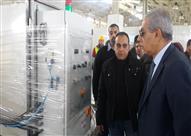 وزير الصناعة: بدء تجهيز أول 10 مصانع بمدينة الجلود في الروبيكي بالمعدات